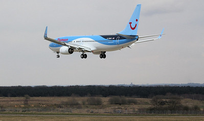 Thomson Airways  737-800; G-TAWO over the piano keys By Correne Calow.