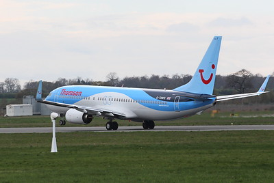 Thomson Airways 737-800 G-TAWS. By Clive Featherstone.