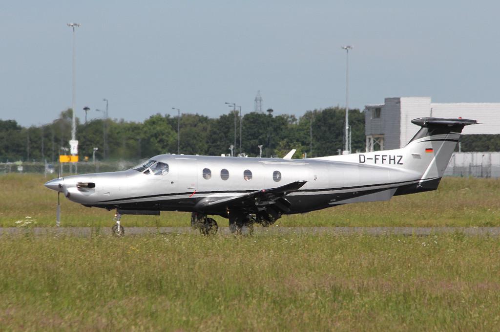Zollern Flugdienst, Pilatus PC-12 D-FFHZ.<br /> By Clive Featherstone.