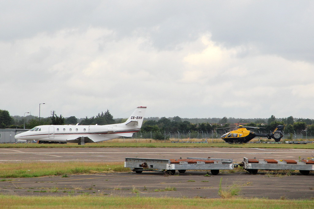 NetJets Europe, Citation 560XLS, CS-DXH and 2Excel Aviation, EC-135T1, G-CHSU <br /> By Clive Featherstone.