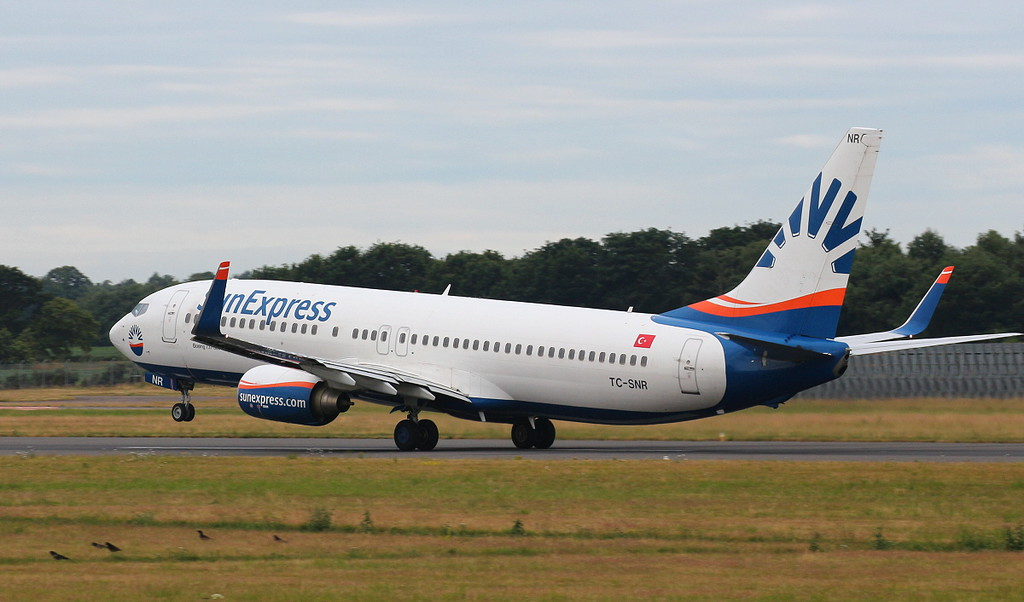 Sun Express, 737-8HC, TC-SNR <br /> By Clive Featherstone.